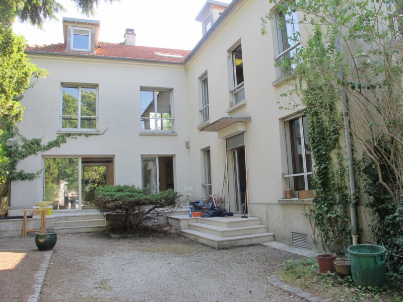 Sale house / villa Villemomble 550 000€ - Picture 1