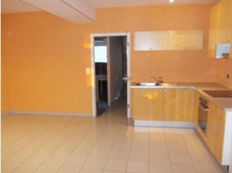 Location local commercial Seltz 1 200€ HT/HC - Photo 4