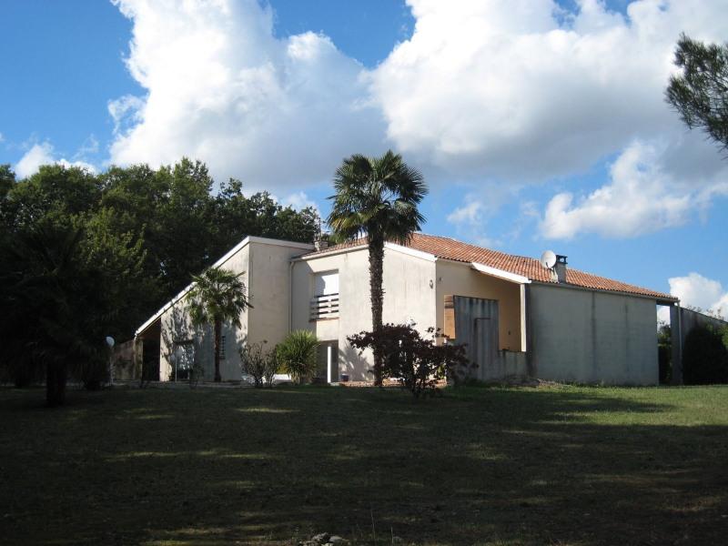 Sale house / villa Agen 320000€ - Picture 1