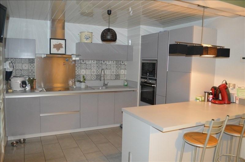 Sale house / villa Leforest 188100€ - Picture 2
