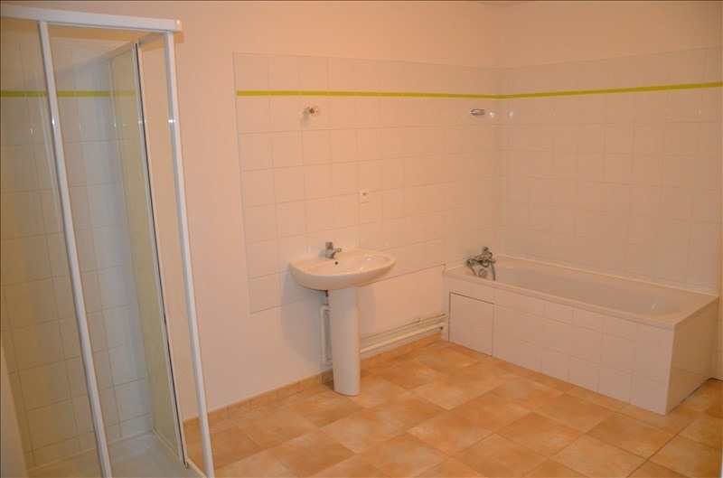 Location appartement Nantua 525€ CC - Photo 5
