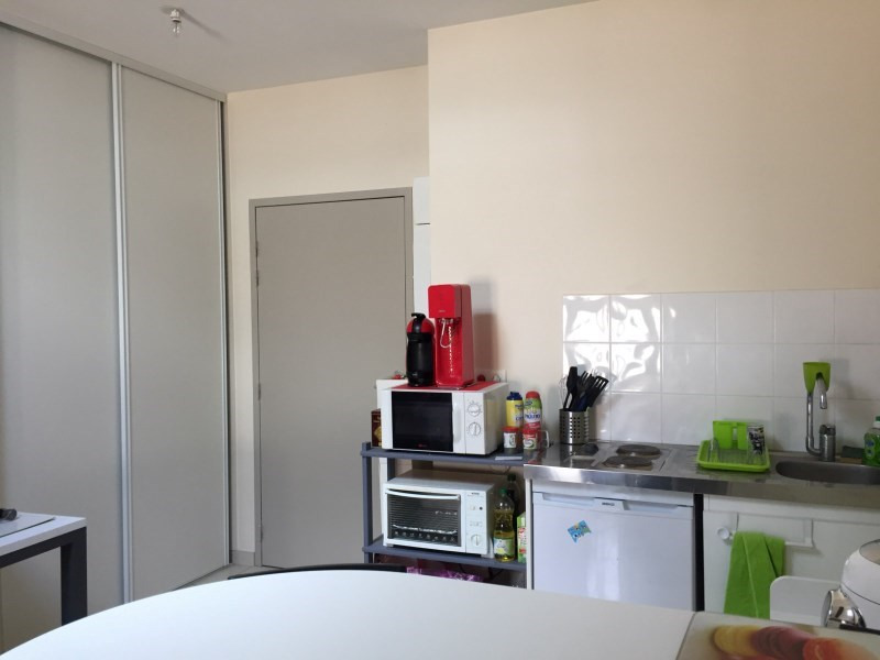 Location appartement Ste colombe 354€ CC - Photo 2