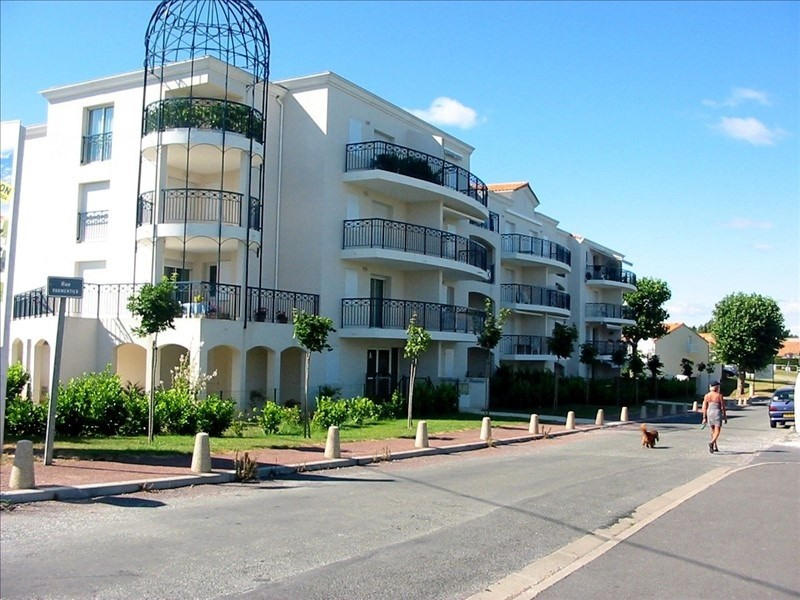 Sale apartment Vaux sur mer 159 000€ - Picture 1
