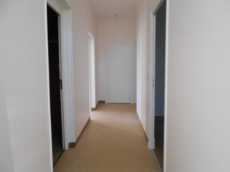 Location appartement Saint-laurent-du-pape 690€ CC - Photo 5