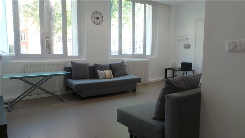 Rental apartment Paris 13ème 1 402€ CC - Picture 1