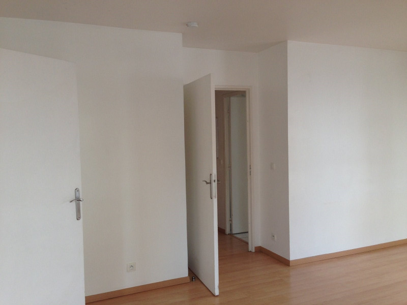 Rental apartment Montreuil 884€ CC - Picture 4