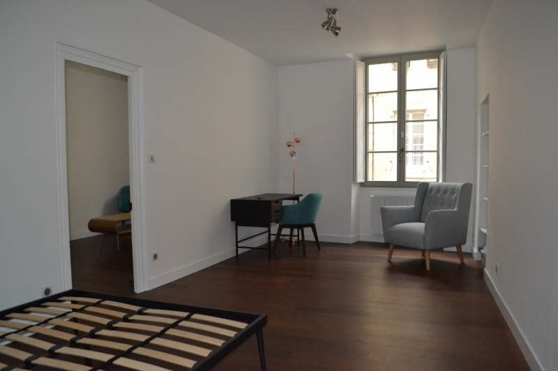 Location appartement Chambery 660€ CC - Photo 3