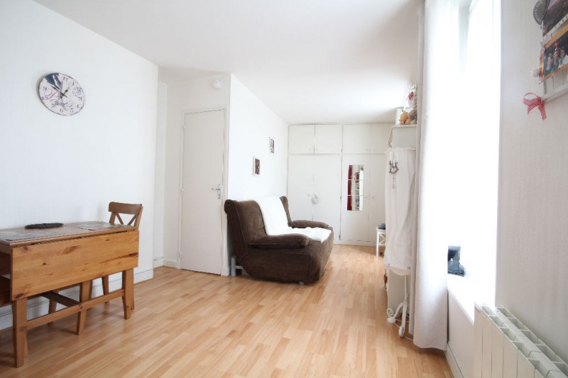 Sale apartment Saint germain en laye 170000€ - Picture 2