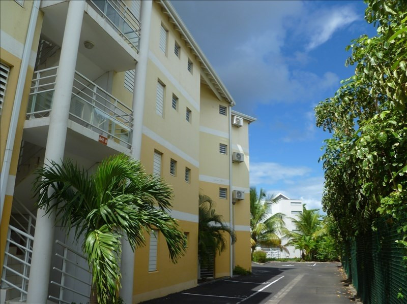 Investment property apartment Baie mahault 129000€ - Picture 1