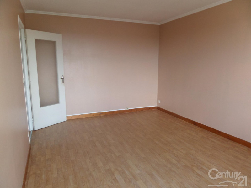 Location appartement Ifs 525€ CC - Photo 1