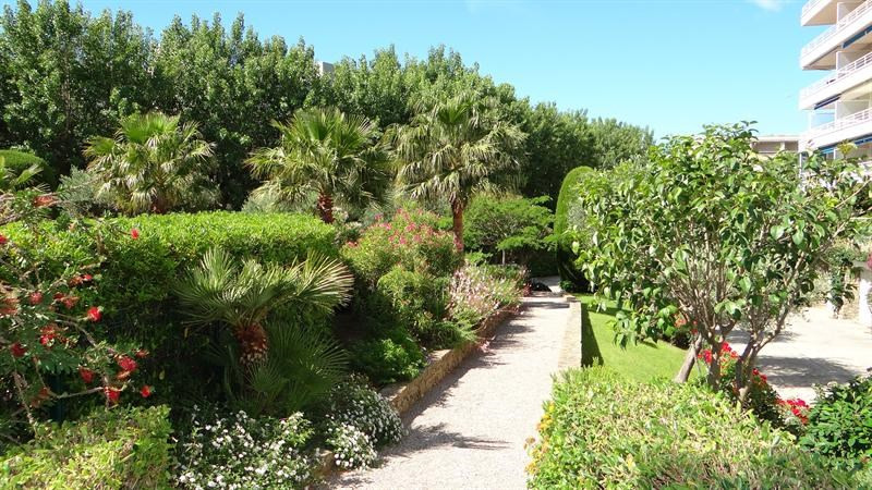 Location vacances appartement Cavalaire 800€ - Photo 2