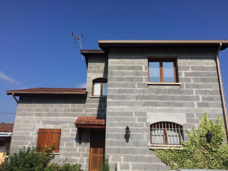 Sale house / villa Bourgoin jallieu 199000€ - Picture 1