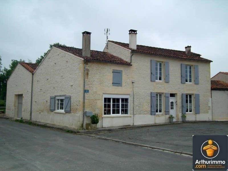 Sale house / villa Matha 170000€ - Picture 1
