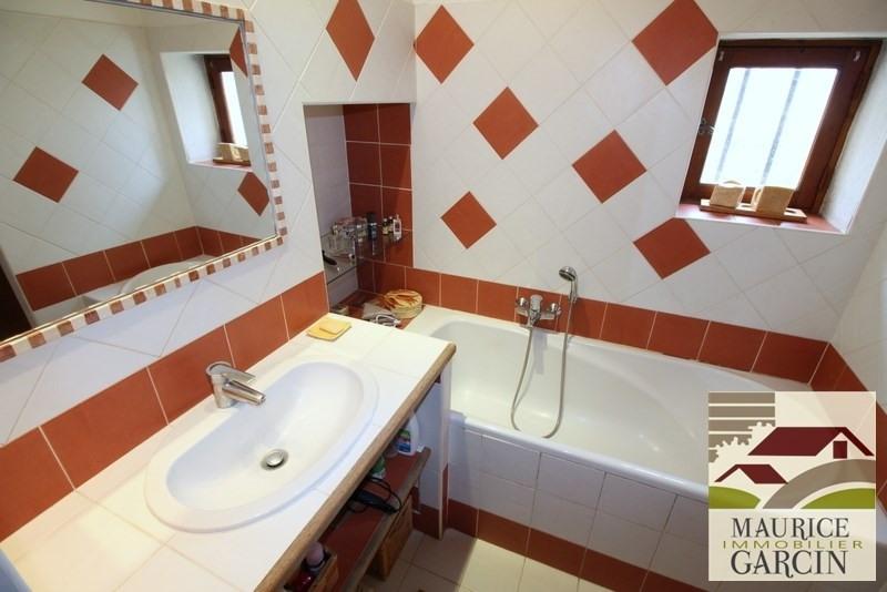 Vente de prestige maison / villa Robion 560000€ - Photo 7