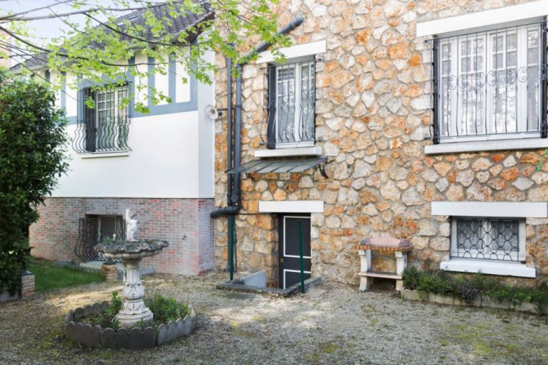Deluxe sale house / villa Chatou 1100000€ - Picture 1