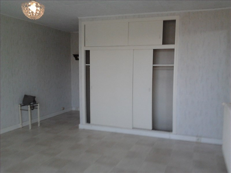 Rental apartment Athis mons 596€ CC - Picture 3