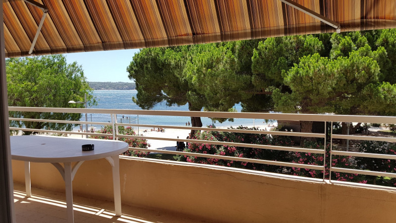 Vacation rental apartment Bandol 652€ - Picture 1