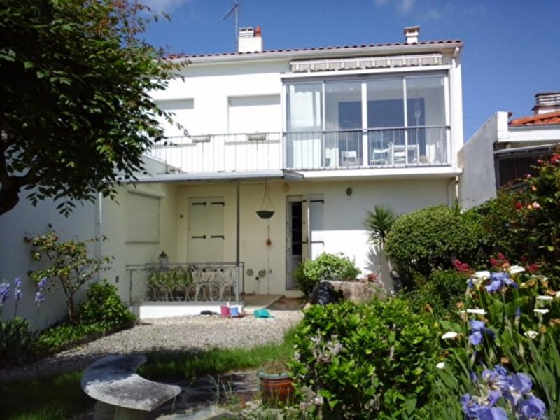 Sale house / villa La rochelle 541500€ - Picture 1