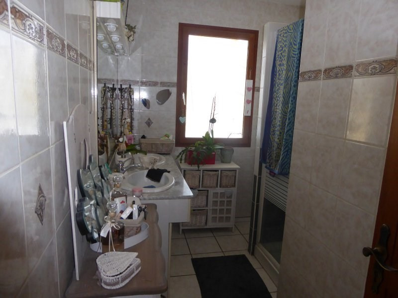 Sale house / villa Terrasson lavilledieu 240750€ - Picture 12