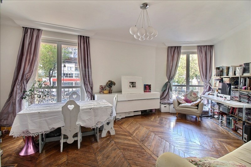 Verkoop  appartement Paris 15ème 700000€ - Foto 1