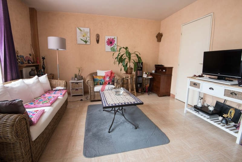 Sale apartment Evry 174000€ - Picture 1