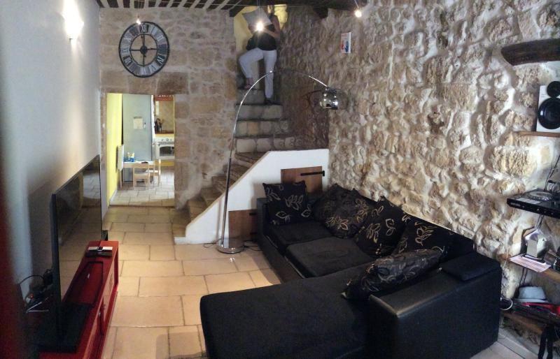 Location maison / villa St chamas 750€ +CH - Photo 5