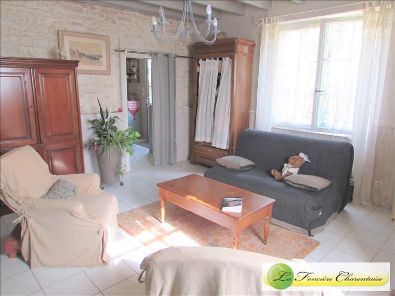 Vente maison / villa Mansle 118000€ - Photo 2