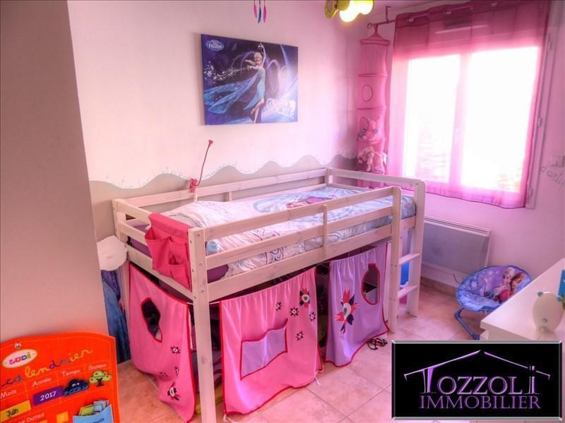 Sale house / villa La verpilliere 239000€ - Picture 4