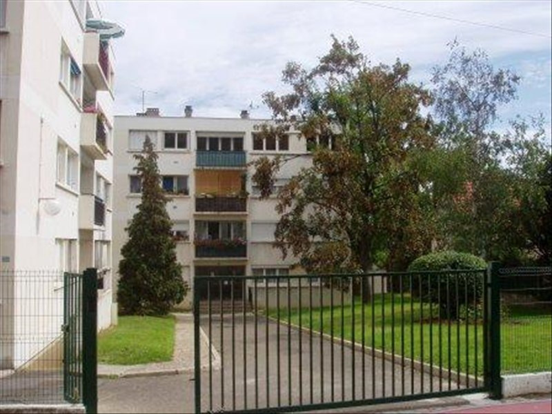 Sale apartment Villeneuve le roi 152 000€ - Picture 1