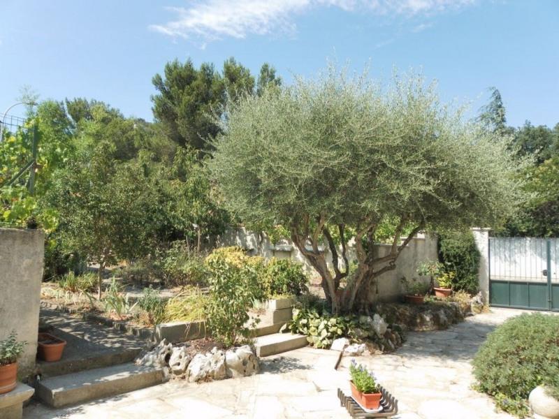 Sale house / villa Villeneuve les avignon 365000€ - Picture 3