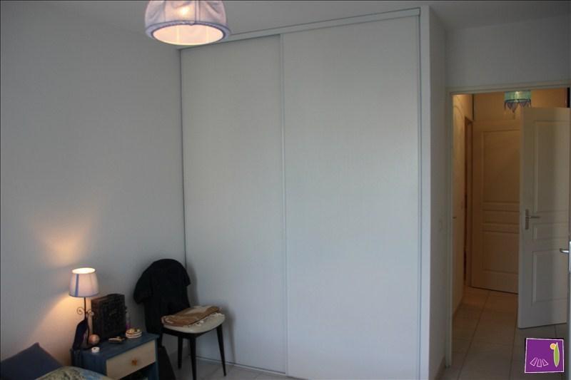 Verkoop  appartement Uzes 168000€ - Foto 6