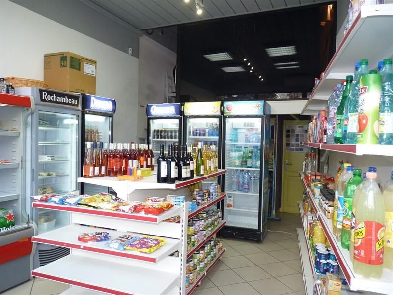 Commercial lease transfer empty room/storage Royan 13000€ - Picture 1