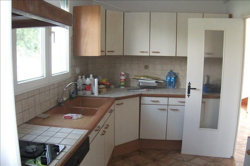 Sale house / villa Plouhinec 115500€ - Picture 3