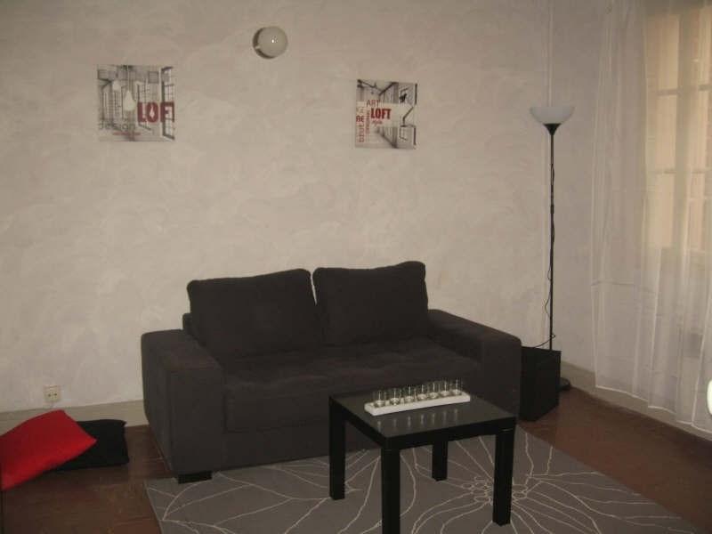 Verhuren  appartement Nimes 380€ CC - Foto 2