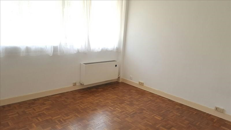 Rental apartment St germain en laye 665€ CC - Picture 1