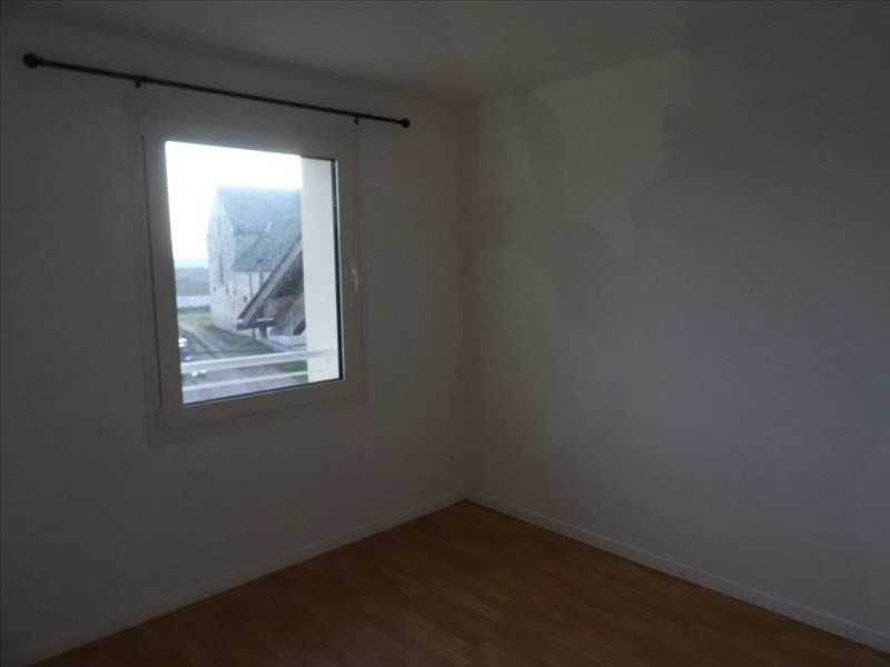 Rental apartment Neuilly en thelle 785€ CC - Picture 1