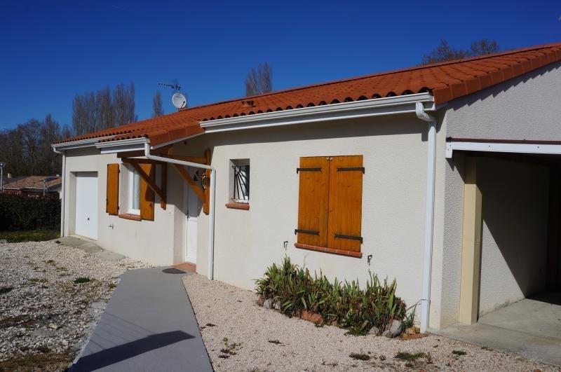 Sale house / villa L isle jourdain 262000€ - Picture 1