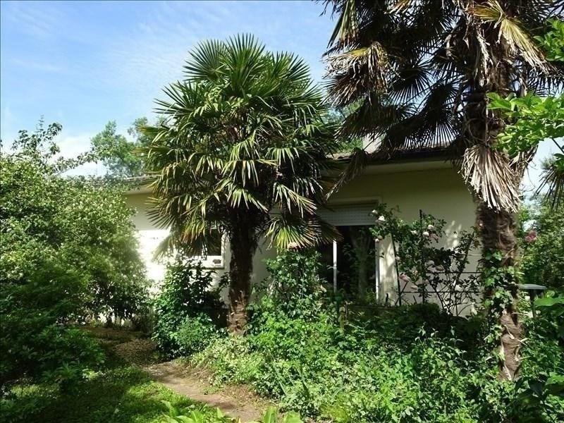 Sale house / villa St louis de montferrand 228000€ - Picture 1