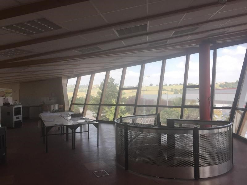 Location bureau Pouilly-sous-charlieu 600€ +CH/ HT - Photo 2