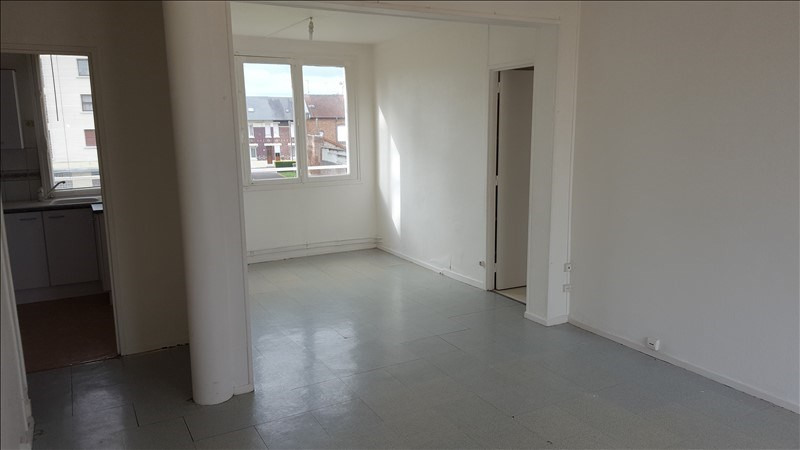 Rental apartment St quentin 600€ CC - Picture 3