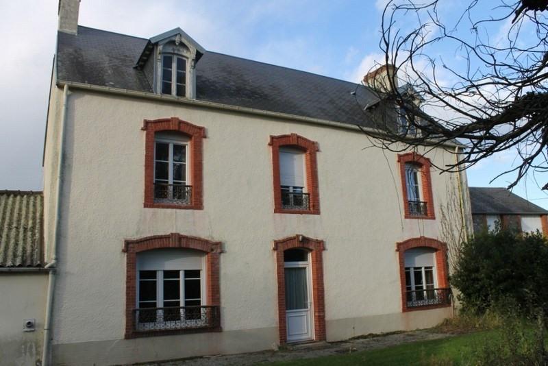 Sale house / villa St germain sur ay 204000€ - Picture 1