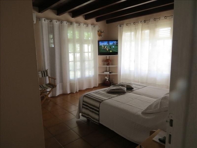 Deluxe sale house / villa Ste anne 1290000€ - Picture 4