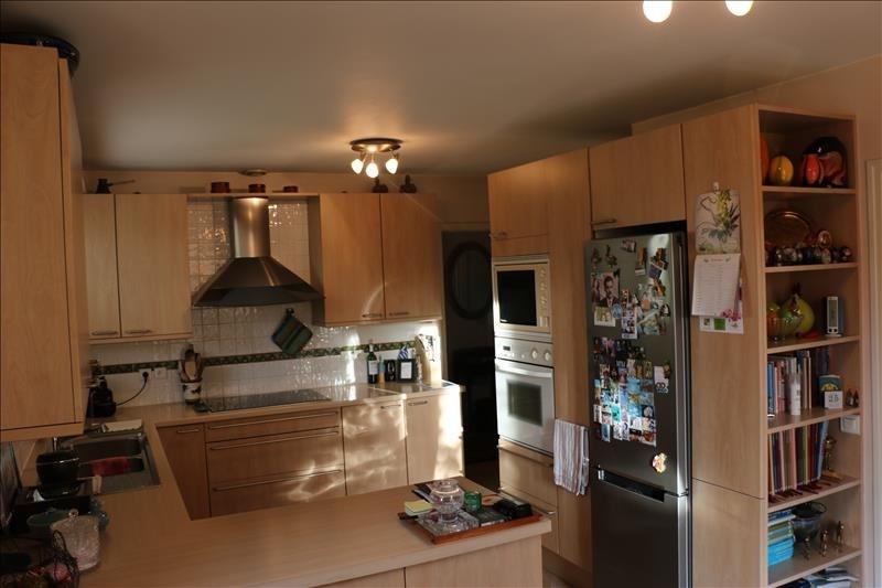 Sale house / villa St nom la breteche 840000€ - Picture 8