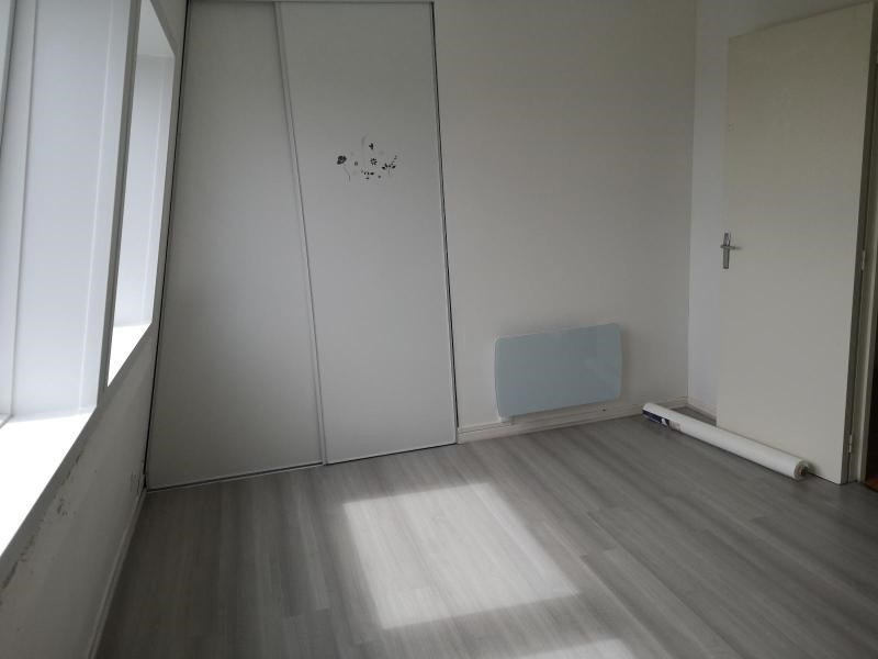 Location maison / villa Aire sur la lys 660€ CC - Photo 7