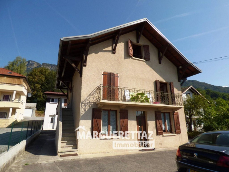 Investment property house / villa Thyez 475000€ - Picture 2