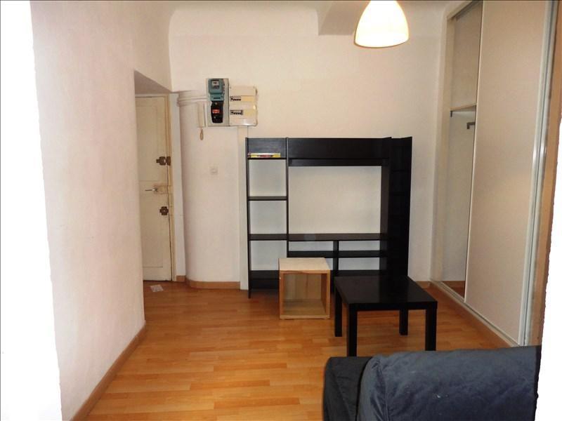 Location appartement Toulon 320€ CC - Photo 1