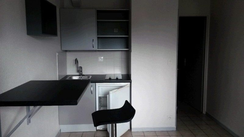 Rental apartment Annecy 493€ CC - Picture 2