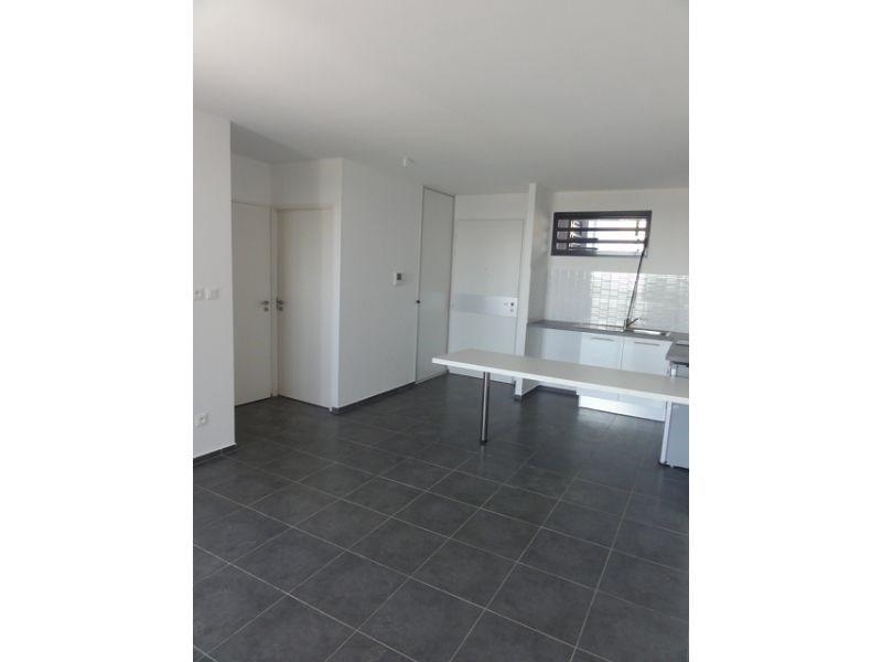 Location appartement St denis 579€ CC - Photo 4