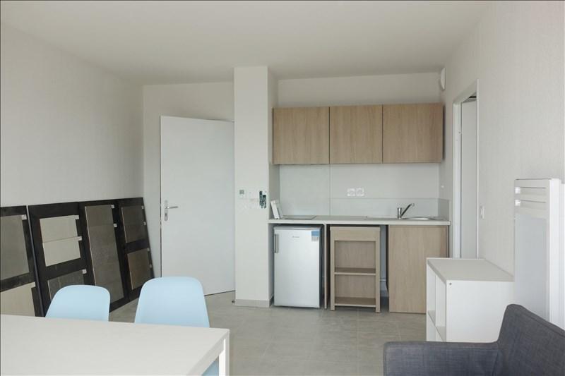 Locação apartamento Londe les maures 443€ CC - Fotografia 2