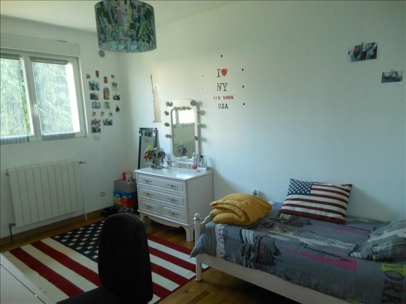 Sale house / villa Brie comte robert 442000€ - Picture 8